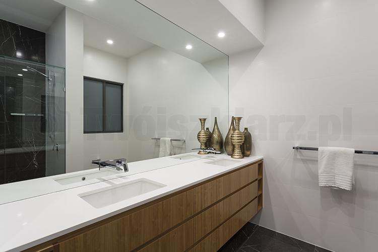 Lustra łazienkowe srebrne na wymiar